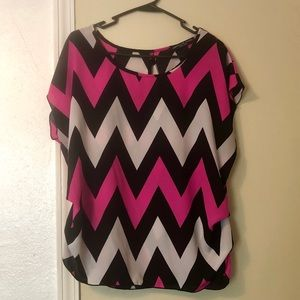 Cinched waist zig zag print blouse hot pink